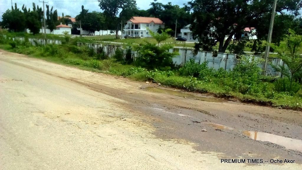 Front of Commissioner Quarters, Lokoja-Ganaja Road, Lokoja, Kogi State
