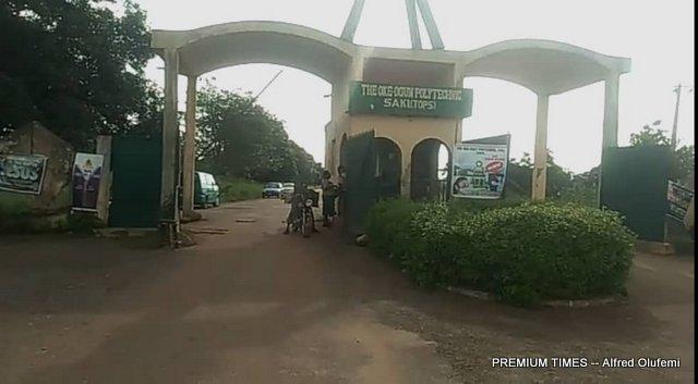 Entrance of The Oke-Ogun Polytechnic, Saki (TOPS)