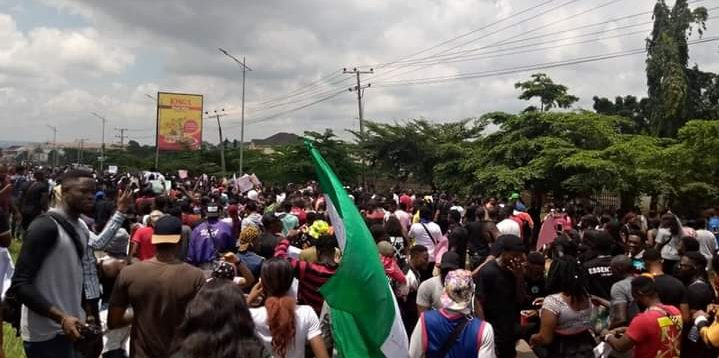 #EndSARS:Nigerians raise over N4 million for physically-challenged protesters