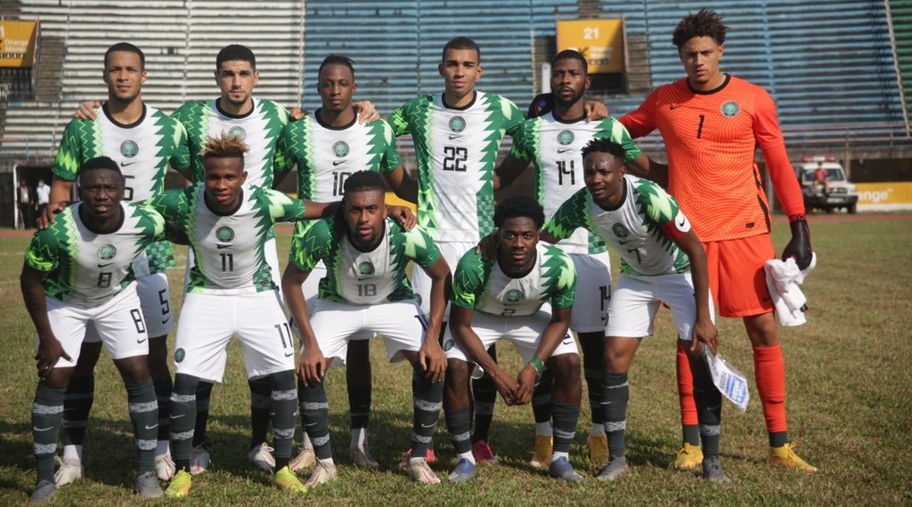 Rohr on training under partial darkness in Porto-Novo, latest fitness update, Super Eagles target vs Benin