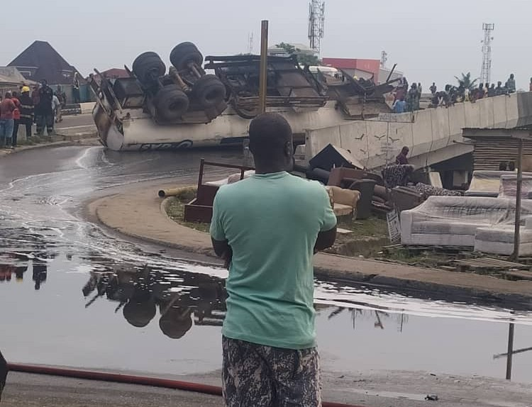 Fuel-laden tanker falls around Festac link bridge