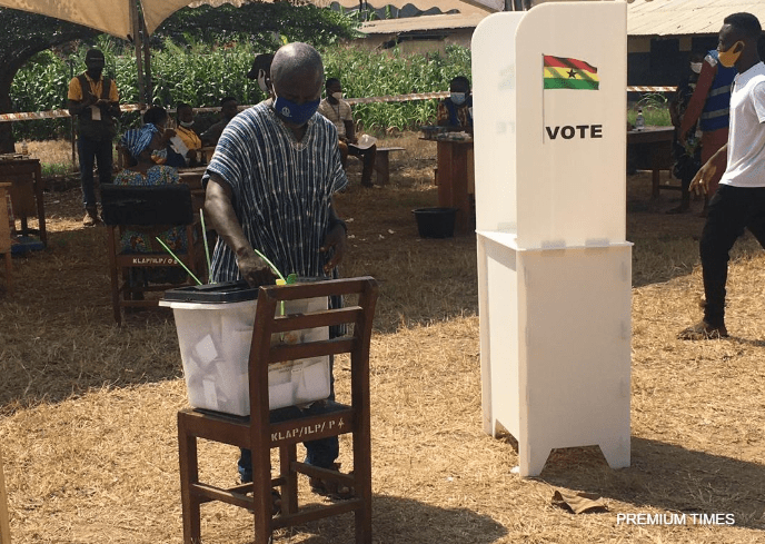 A man cast his vote at a polling station in Kyebi, Eastern Region.