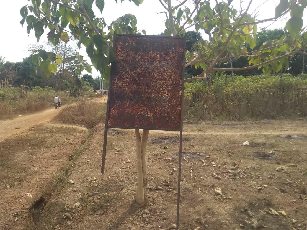 Rusted and broken sign post at Opi Agu health clinic, Nsukka East LGA, Enugu state