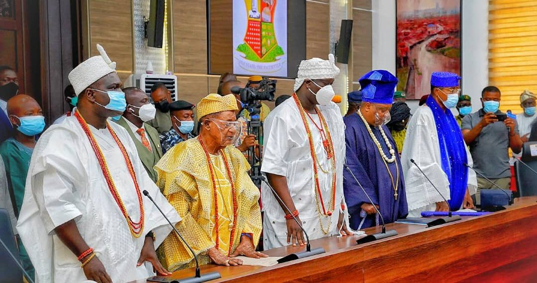 The governors and the monarchs agreed to end open grazing.