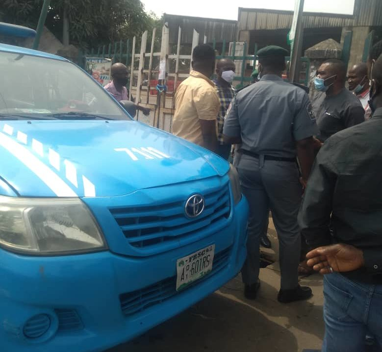 main entrance of Wuse market locked and surrounded by the joint task force following breach of COVID-19 directives