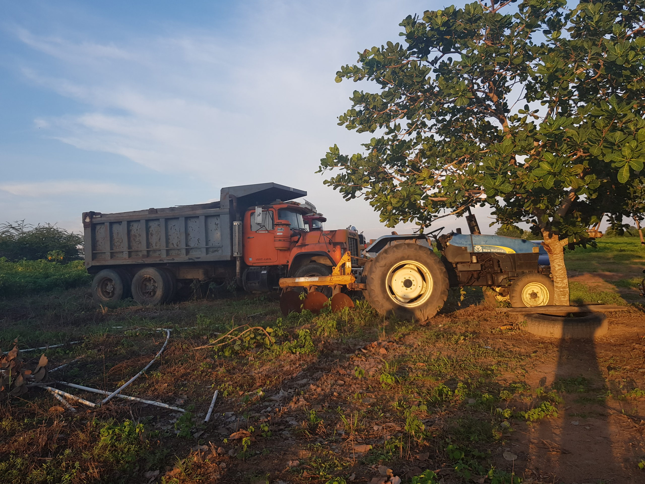 Abandoned trucks by contractors at Asa Earth Dam, Iwofin,Oyo State.