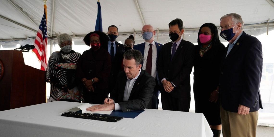 Virginia governor, Ralph Northman PHOTO: TW @GovernorVA]