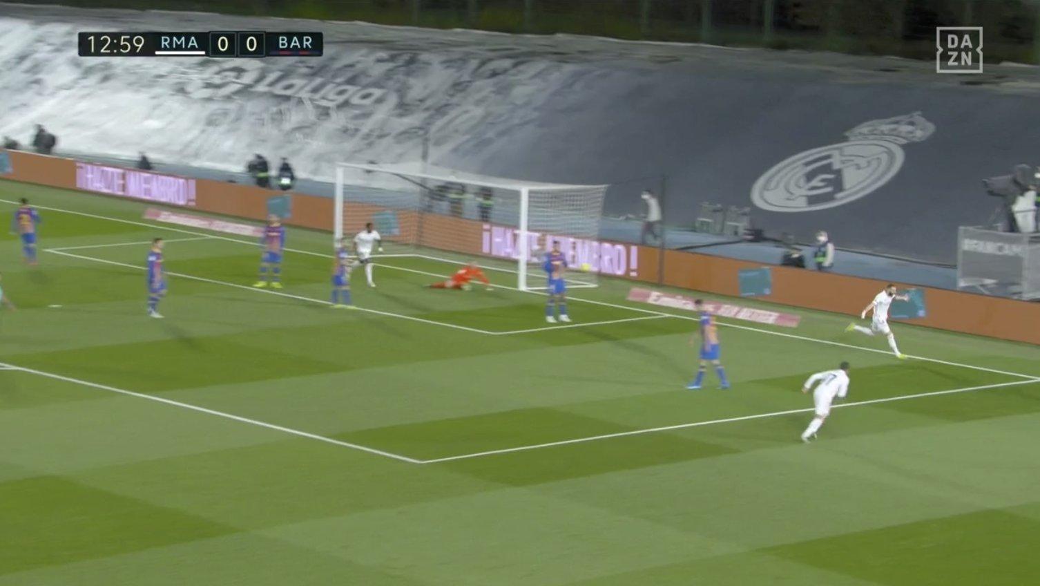 Benzema scores [PHOTO CREDIT: @goal]