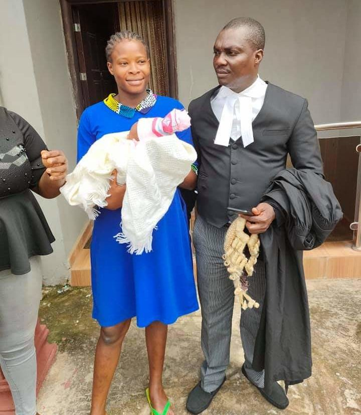 Detainee who gave birth in prison regains freedom, reunites with families (Photo Credit: Barr Tope Temokun)