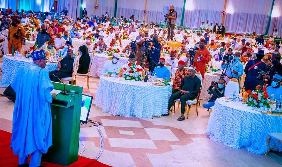 Buhari rates 9th National Assembly high
