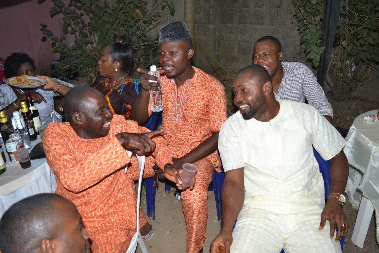 Wedding guests in a male Ase – Ebi dress