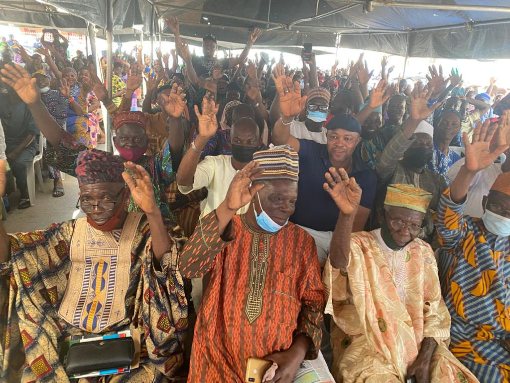 APC party leaders at the party's meeting in Ojo LGA.