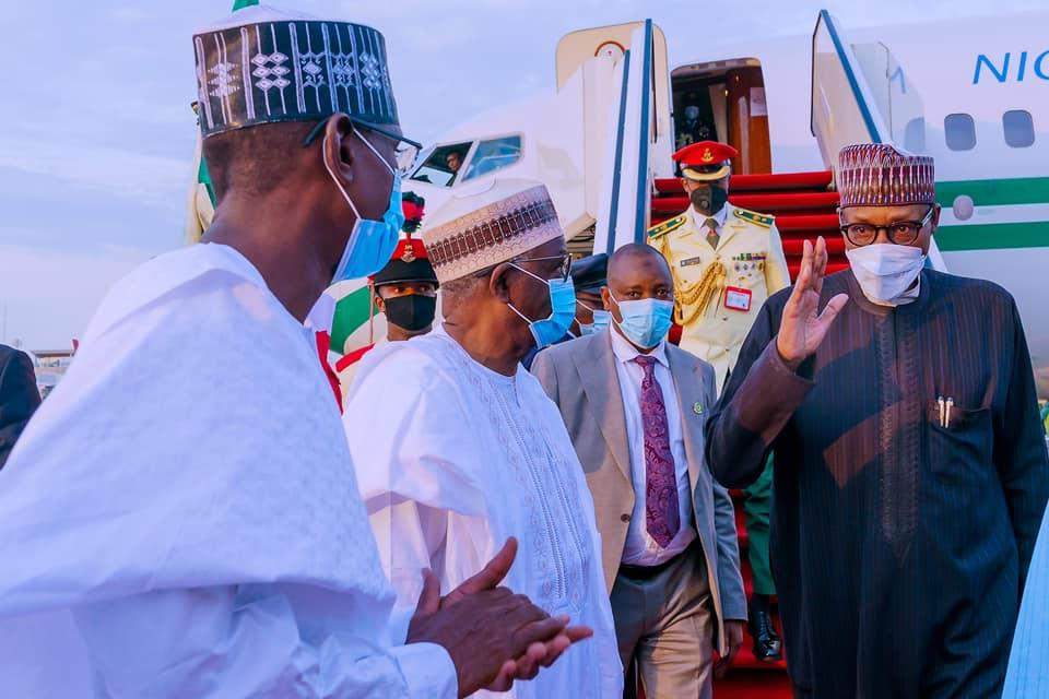 President Muhammadu Buhari returned to Abuja from London, the United Kingdom. [PHOTO CREDIT: Bashir Ahmad]