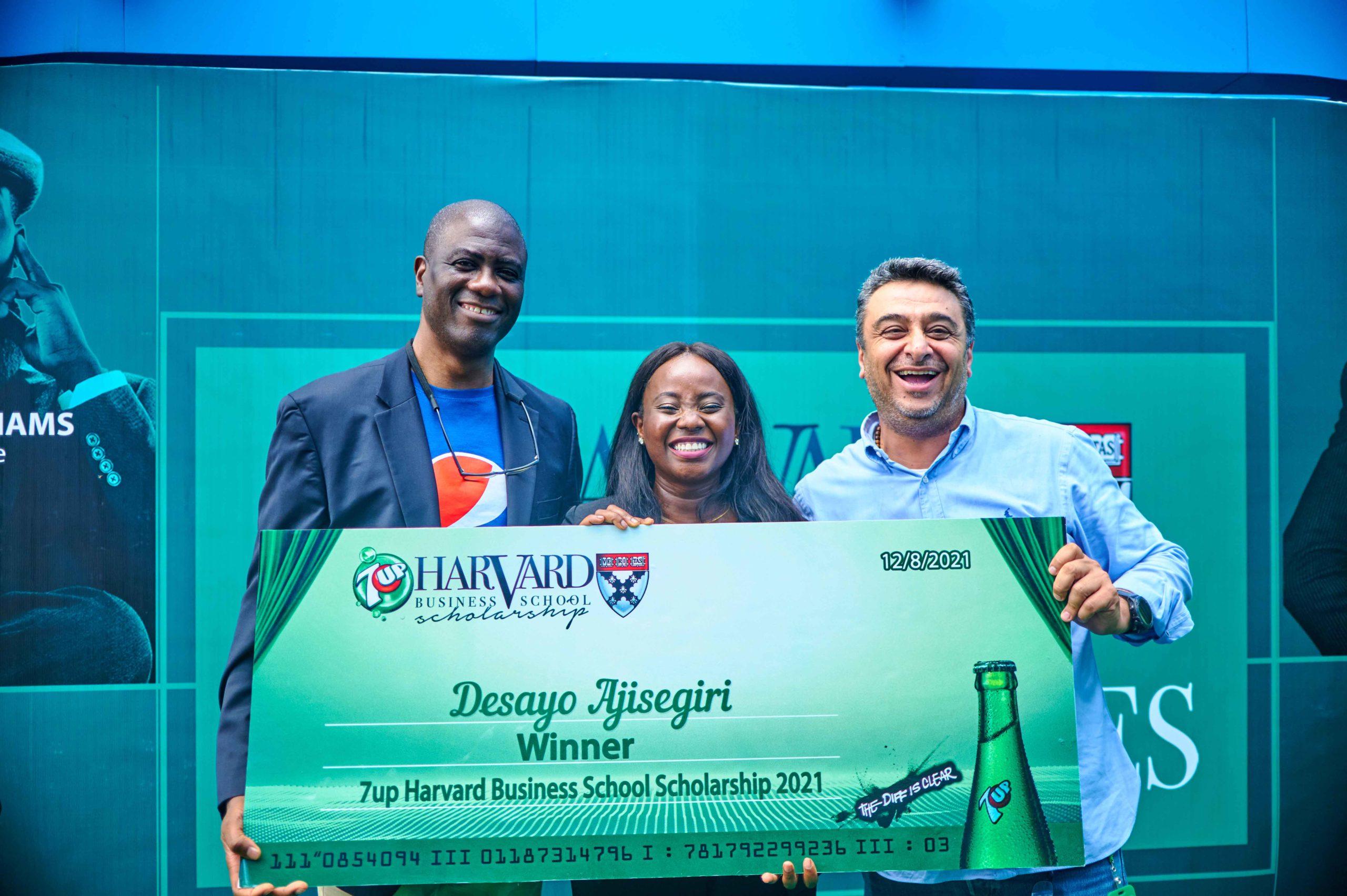 L-R Yemi Faseun, Chief Corporate Services Officer, SBC, Nigeria; Desayo Ajisegiri, Winner, 2021 7UP Harvard Business School Scholarship; and Ziad Maalouf, MD, SBC Nigeria