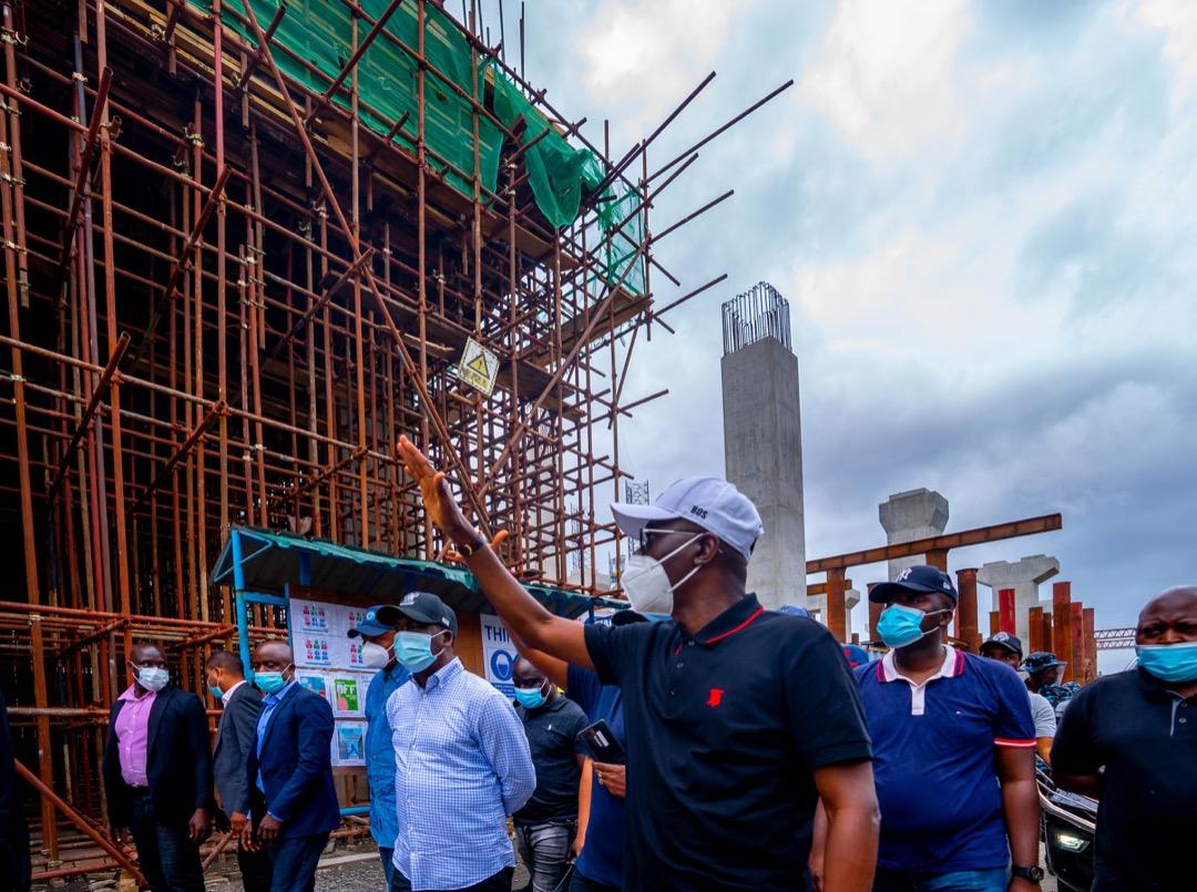 R-L: Lagos State Governor, Mr. Babajide Sanwo-Olu; his deputy, Dr. Obafemi Hamzat; Director Rail Transportation, Lagos Metropolitan Area Transport Authority (LAMATA), Engr. Olasunkanmi Okusaga and others, during an inspection of the Lagos Rail Mass Transit Blue Line Project at Marina, on Saturday, September 25, 2021.