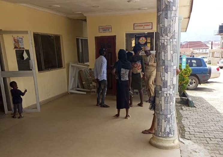 Patients standing in cue to make payments at emergency unit at Kubwa general hospital