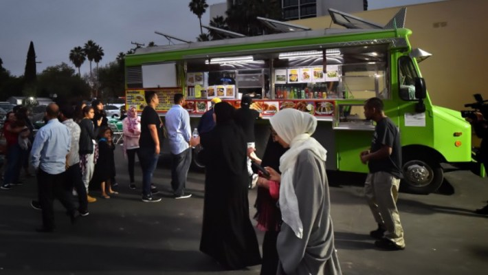 Afbeeldingsresultaat voor taco trucks after mosque