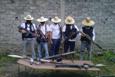 Los blancos de Troya, el nuevo grupo armado en Michoacán. Foto: Tomada de Facebook