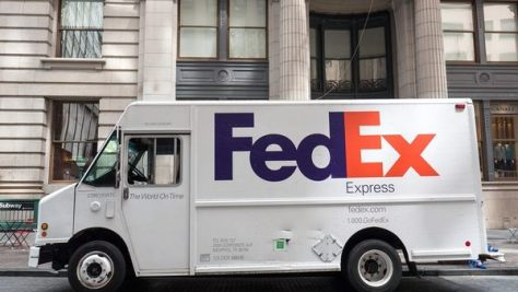 A federal appeals court has ruled that a trial judge improperly ruled that Missouri FedEx drivers weren't independent contractors and should've left the issue to a jury to determine. (Photo: pio3/Shutterstock.com)