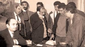 Revoluţionarii îi acuză pe Iliescu  şi Roman de morţii din 1989