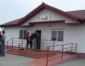 Prima casă construită special  pentru persoanele cu dizabilităţi, inaugurată la Timişoara/ FOTO: RTV  Timişoara