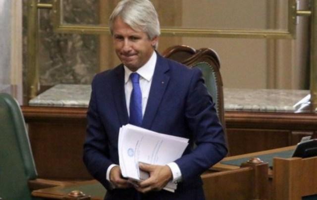 Teodorovici anunță modificarea OUG 114 privitoare la 'taxa pe lăcomie'