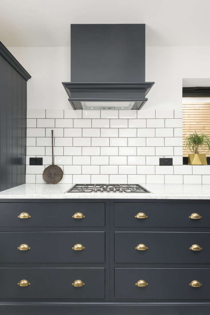 Kitchen Of The Week A Shaker Inspired Kitchen In East Dulwich Remodelista