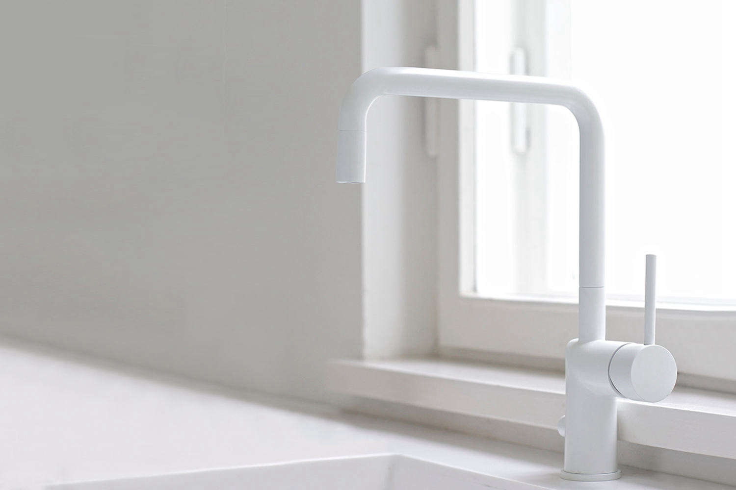 easy pieces modern matte white faucets
