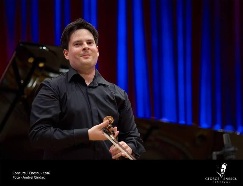 Violonistul Stefan Tarara
