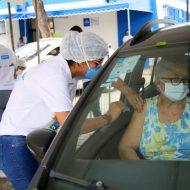 Vaccinare drive thru