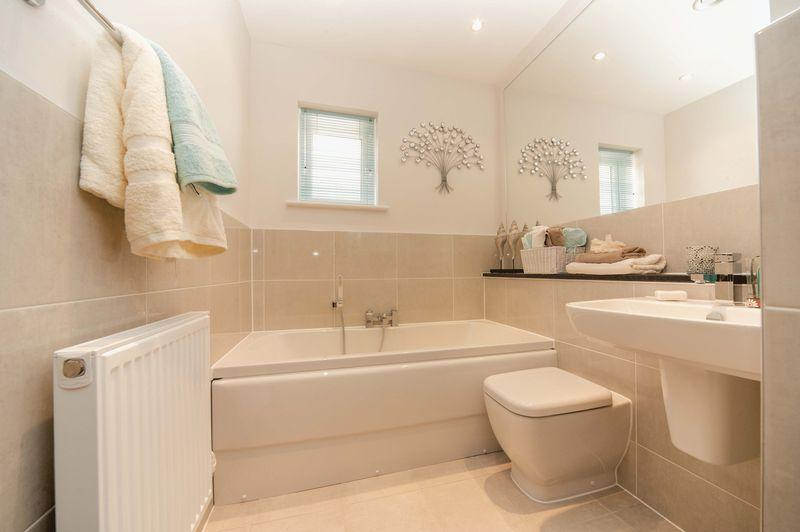 Small Bathroom Floorplan