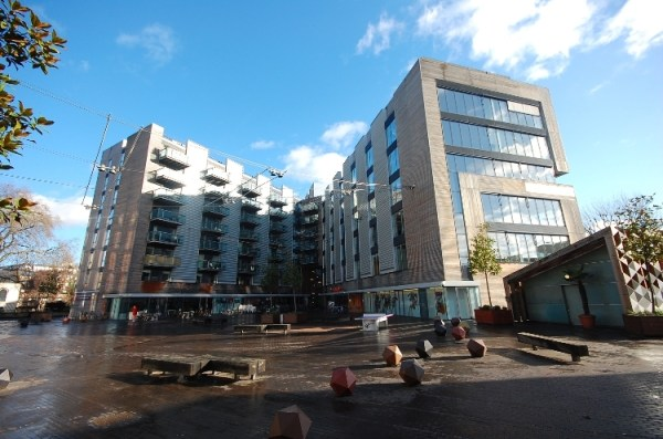 2 bedroom flat to rent in Bermondsey Square London Bridge ...