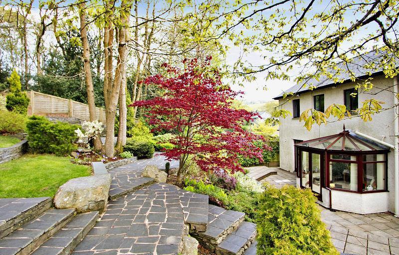 Split Level Design Ideas, Photos & Inspiration | Rightmove ... on Split Garden Ideas id=69996
