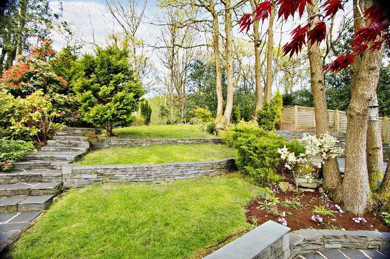 1000+ images about split level garden ideas on Pinterest on Split Garden Ideas id=90512