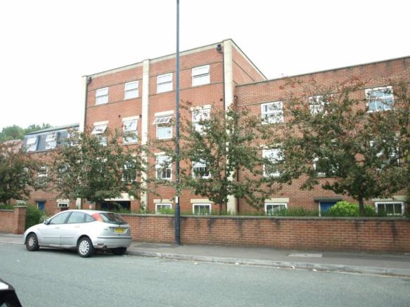 2 Bedroom Apartment For Sale In Jubilee Court Wick Road
