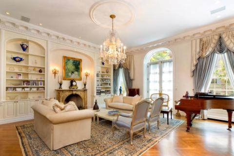6 bedroom town house for sale in Upper East Side, New York City, USA