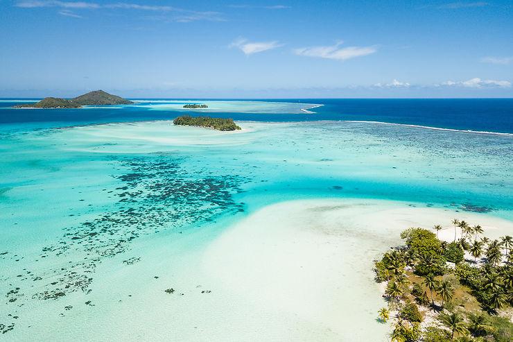 En Polynésie des îles entre ciel et eau