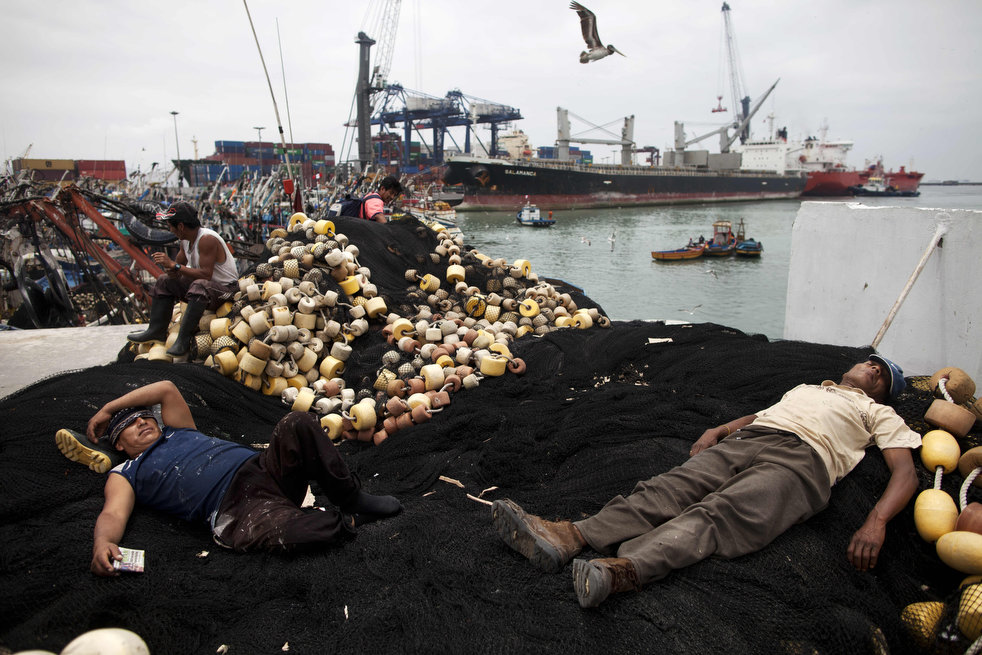 peru_fishermen_fear_23.jpg