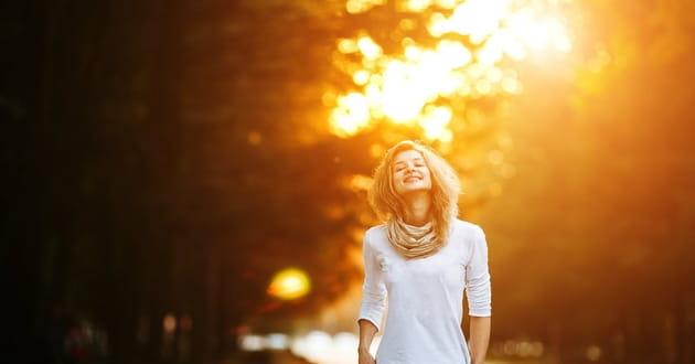 https://i1.wp.com/media.salemwebnetwork.com/cms/IB/31797-praying-woman-outside-1200.630w.tn.jpg