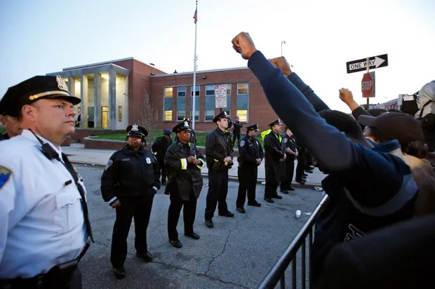 """Police union throws a self-pity party in Baltimore: Freddie Gray protesters are a """"lynch mob"""""""