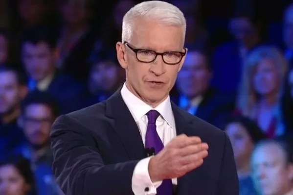 """Anderson Cooper shuts down Donald Trump: """"With all due ..."""