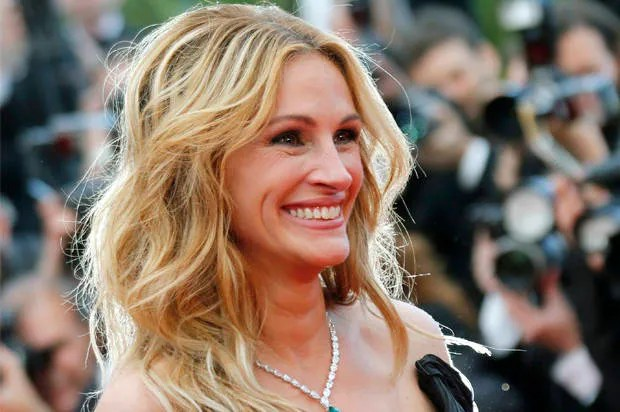 High heels are a feminist issue: Let Julia Roberts' bare footsteps guide the flat-sole revolution