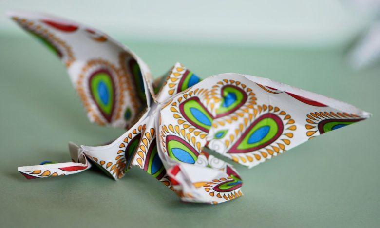 origami fjärilar papper