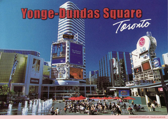 Toronto.-Younge-Dundas-Square-Ontario-p84