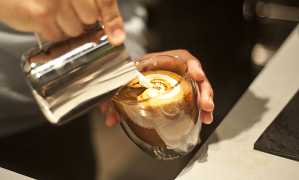 Bel-Cafe_Pouring-Coffee-2