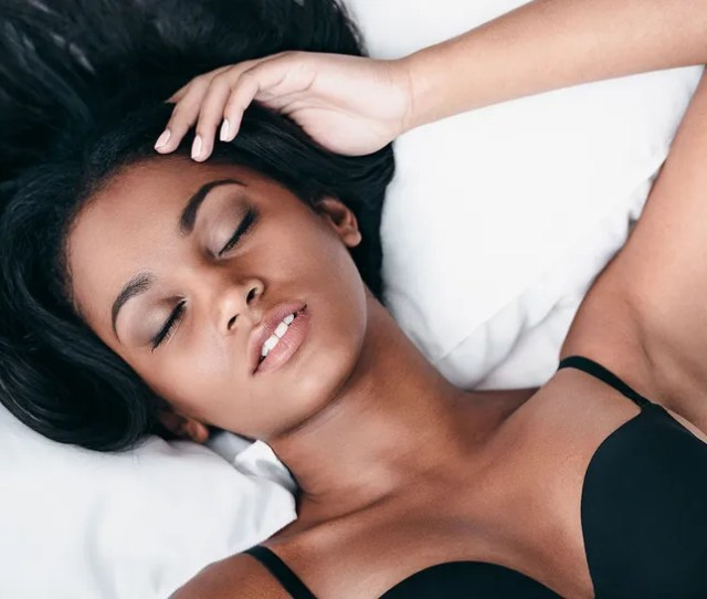 Can You Prevent Your Boobs From Sagging If You Sleep With A Bra