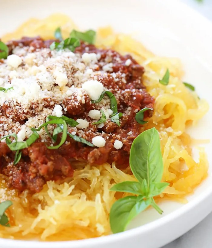 Spaghetti Squash and Meat Sauce from SkinnyTaste