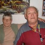 Gamla vänner och släktingar; Ethel Svensson Ohlsson och Alf Eriksson, uppvuxna på samma gata i Bodträskfors. Foto: Agneta Silversparf