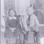 Ragnhild Granström 1917-2000 med lillebror Ragnar 1918-1954.