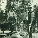 AK-arbetare, Enar Hedström längst t h.
